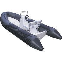 舷外充气艇 / 半硬式 / 中央控制台 / 最多容纳 6 人