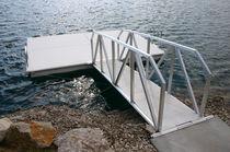 浮桥舷梯 / 漂浮 / 带有扶手