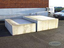 混凝土材质浮筒 / 浮桥