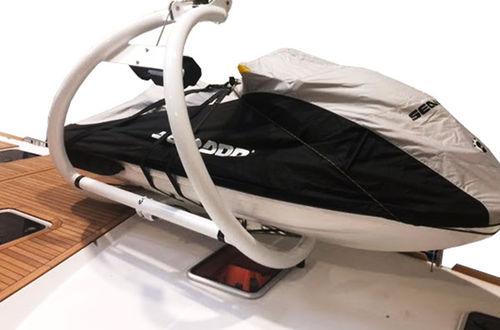 船用平台 / 用于游艇 / 水上摩托车 / 升降