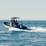 舷外充气艇 / 半硬式 / 中央控制台 / 运动
